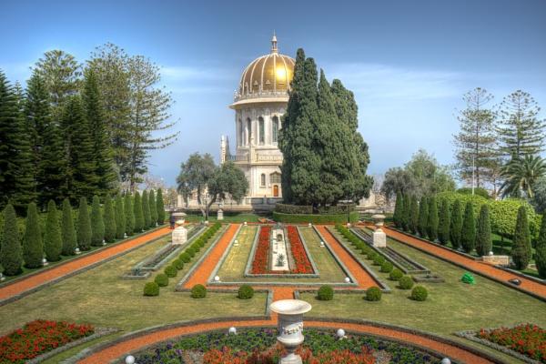 The Bahá'í Gardens by ubaruch