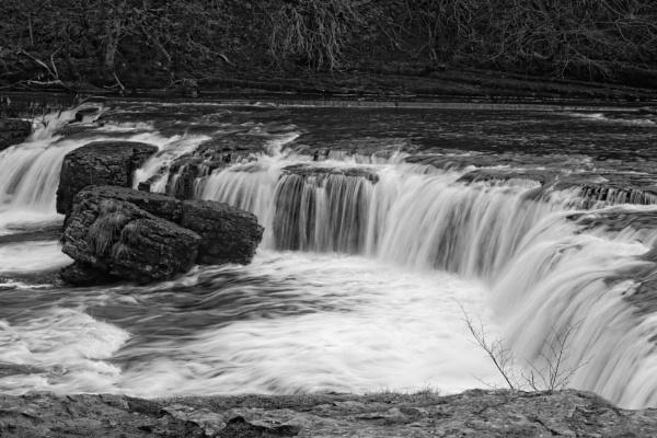 Aysgarth falls by dawnUK