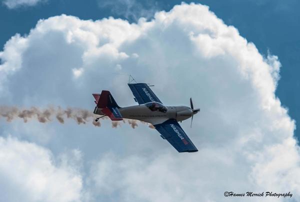Aerobatics by HannesM
