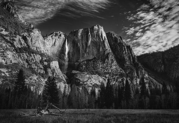 Yosemite Falls by mdconnors