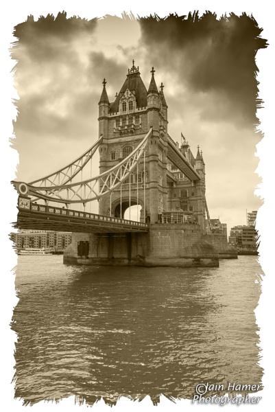 Tower Bridge by IainHamer