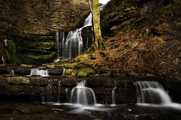 Scaleber Waterfall 3 by iancatch