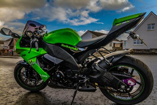 HDR ish Kawasaki by wnbeat