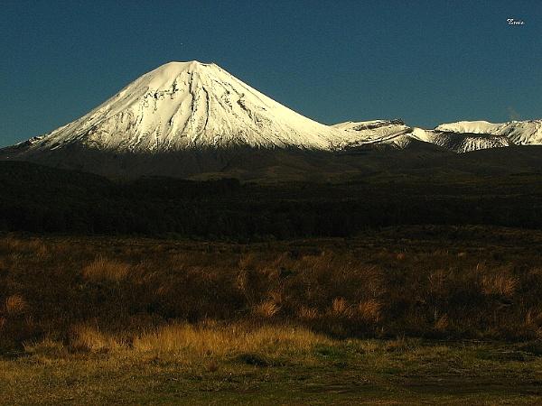 Mt Ngauruhoe 11 by DevilsAdvocate