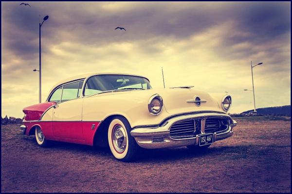Oldsmobile by bwlchmawr