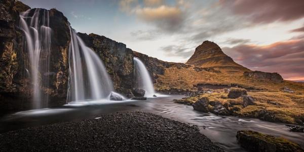 Kirkjufell from Kirkjufellsfoss by BobShaw