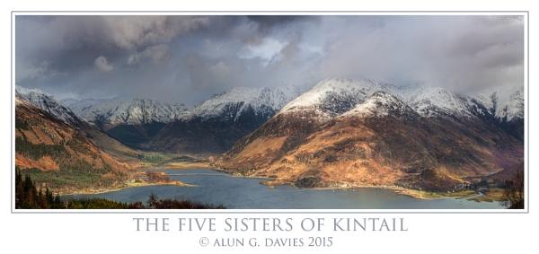 Five Sisters Pano by Tynnwrlluniau