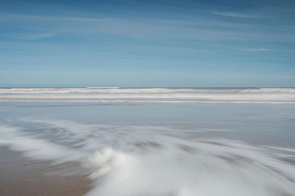 Whispering Surf by Trevhas