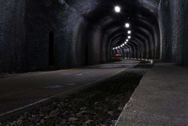 Tunnel time by andy3671