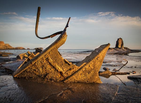 Saltwick Bay Wreck by Brookhousek