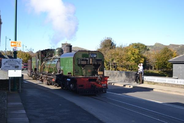 Welsh Highland Train by cegidfa