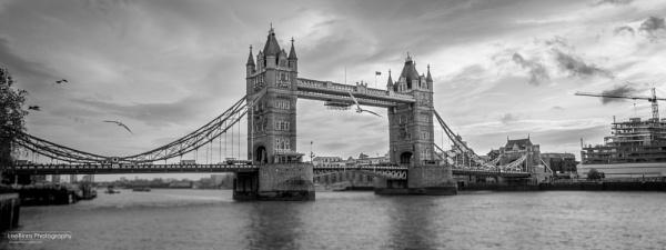 London Tower Bridge by LeeBinns