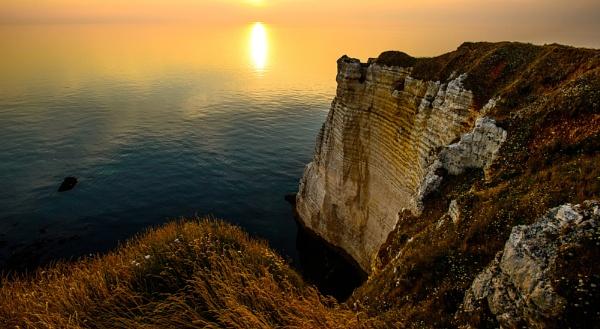White Cliffs of Etretat, Normandy by jerryiron