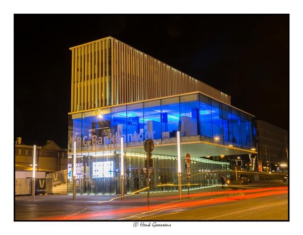 Nightscene KBG bank by hegophoto