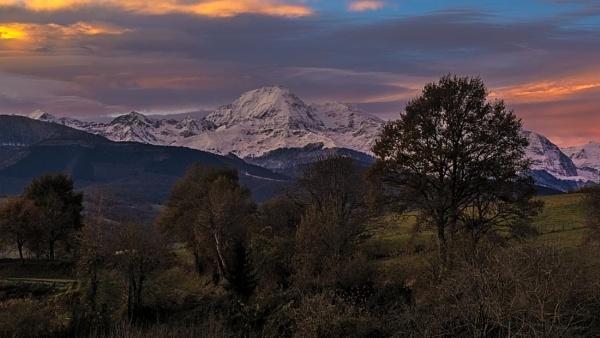 Pic Sunrise by Escaladieu