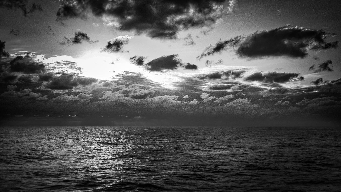 Sky line offshore