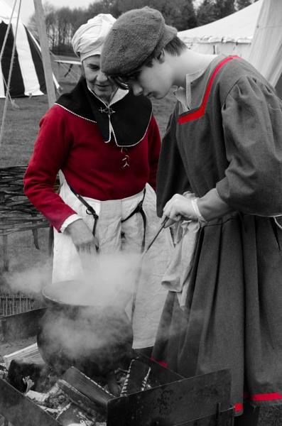 Tudor Cooks by ginz04