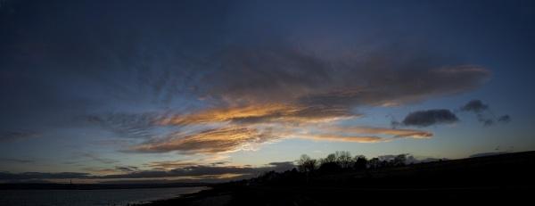 Evening Sky by UKmac