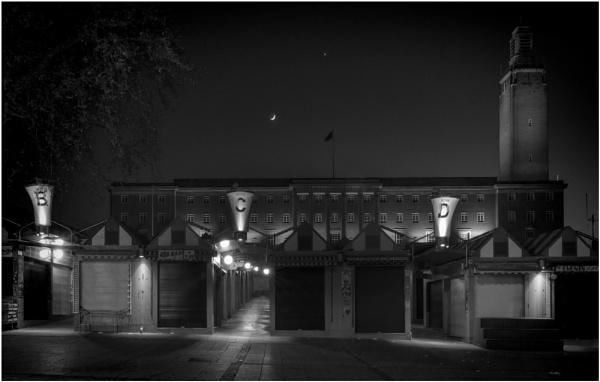 Norwich by Night by malleader