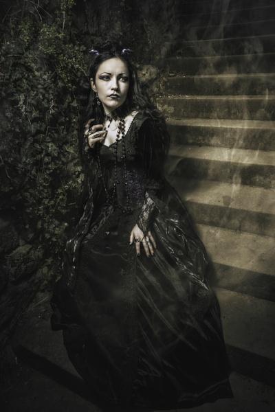 Ella Amethyst by JonDeaPhotography