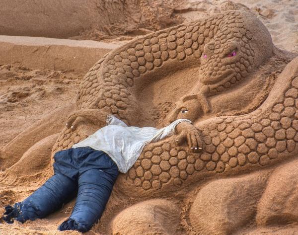 Sand snake by ColleenA