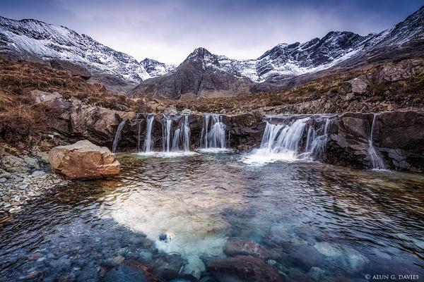 Glumagan na Sithichean / The Fairy Pools by Tynnwrlluniau