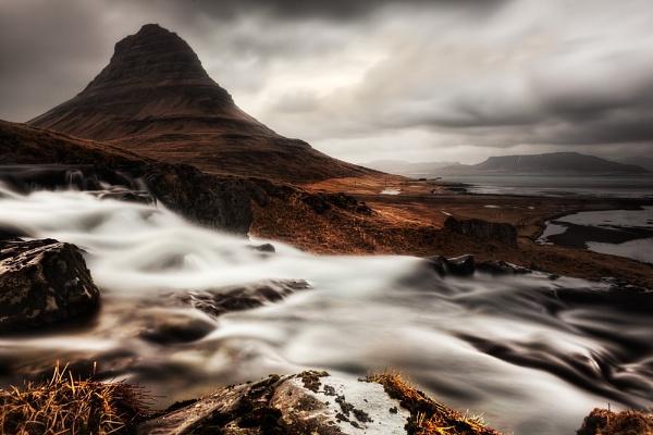 Moody Kirkjufell by TonyPrower