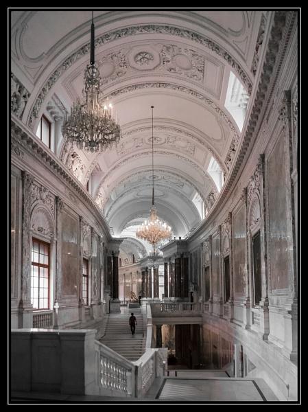 Vienna Museum by trihelm