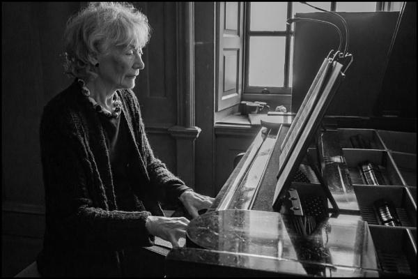 Pianist by bwlchmawr