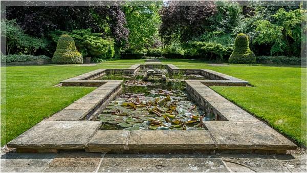 Cruciform lily pond, Goddards by liarsdance