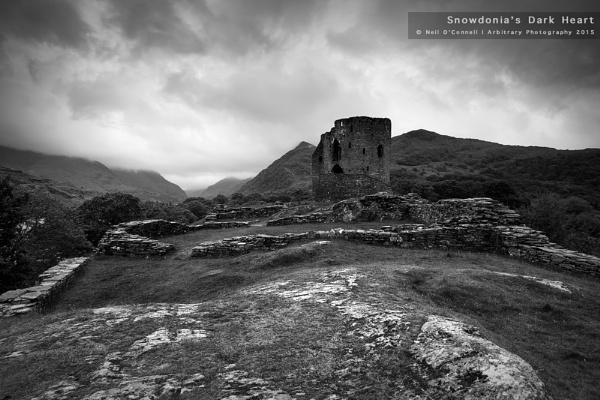 Snowdonia\'s Dark Heart by javam