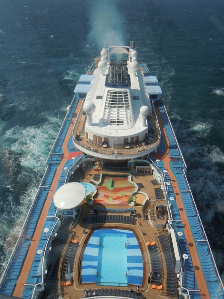 View from the \'North Star\' on the amazing \'Anthem of the Seas\' by tractor