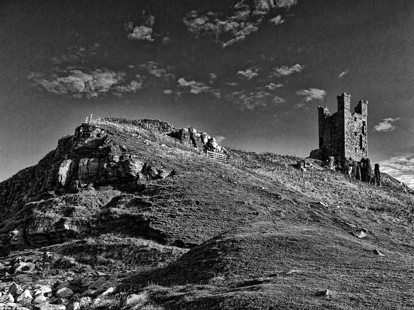 Dunstanburgh Castle 2 by malburns