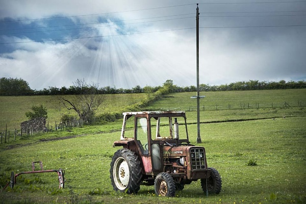tractor by Doug1