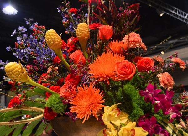 flower arrangement by minamahal