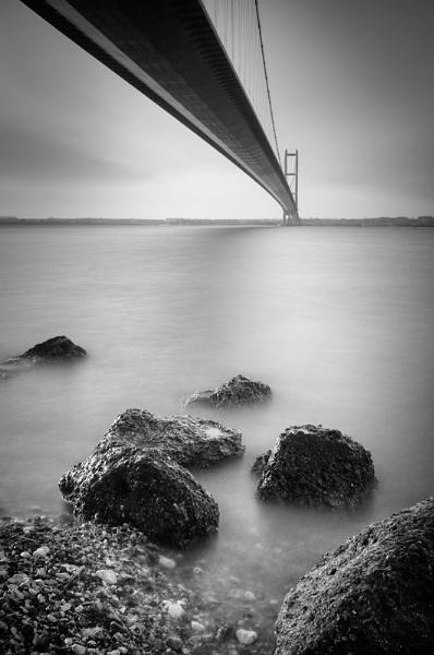Under the bridge by staticanimation