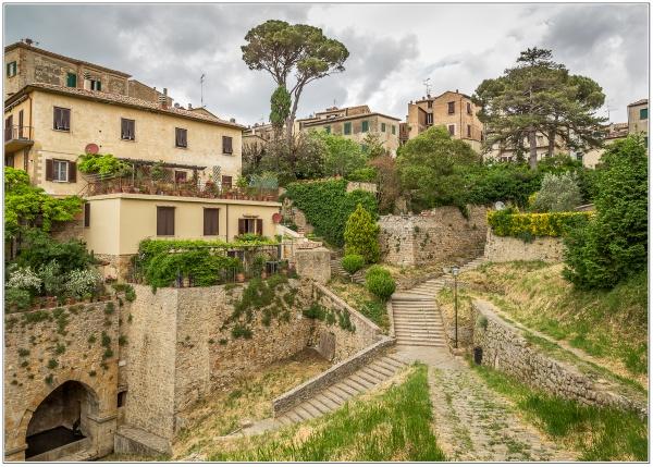 Volterra. by Mactogo