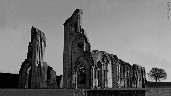 Glastonbury Abbey by gonedigital62
