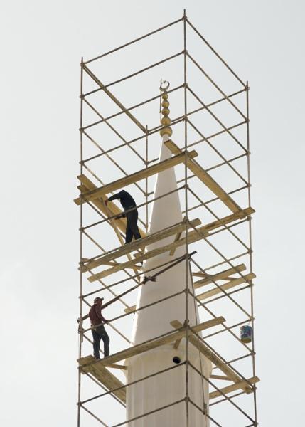 Building up a Minaret by nonur