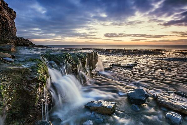 Monknash Cascade by Tynnwrlluniau