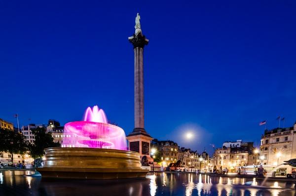 Trafalgar Square at Night by simonbaker