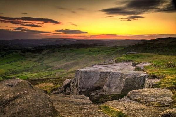 Higger Tor Sunset by haydntaylor