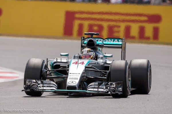 Lewis Hamilton Winning at Silverstone BGP by Mounters