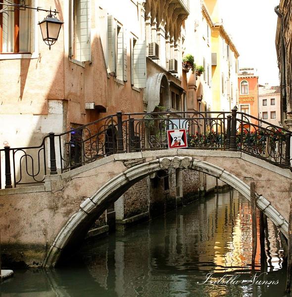 Venice by Tricabella