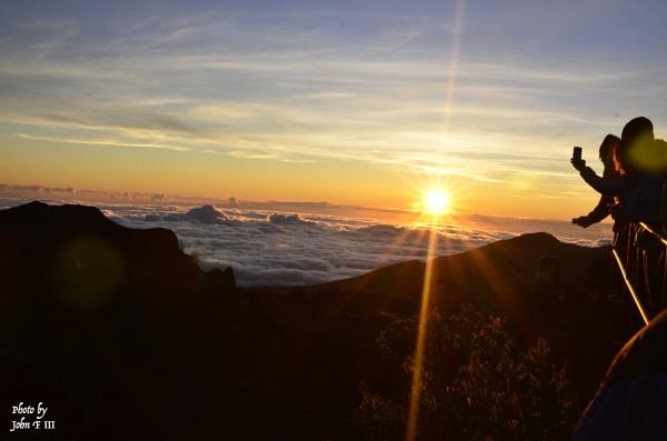 Sunrise at Haleakala National Park, Maui, Hawaii by blackbird3
