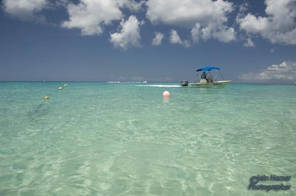 Barbados Sea nad Sky by IainHamer