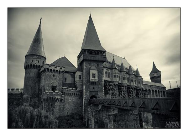 Corvin Castle by DiazSprite
