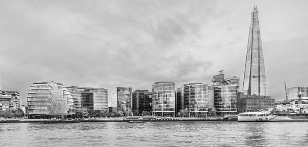 London Riverside by DalesLass