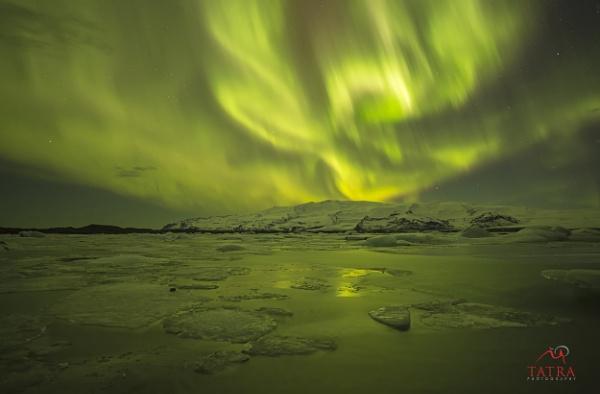 Aurora Borealis at Glacier Lagoon - Jökulsárlón by TatraPhotography