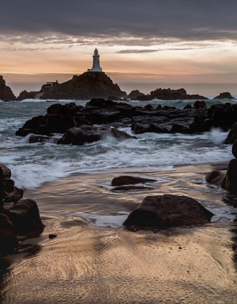 La Corbiere lighthouse by davemck